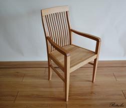 F4 Klasyczny fotel dębowy