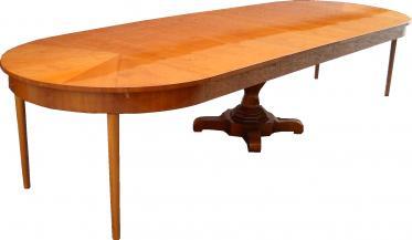 T28 Stół o średnicy 120cm , rozkładany do 380cm