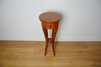 S31 Stolik w stylu Biedermeier